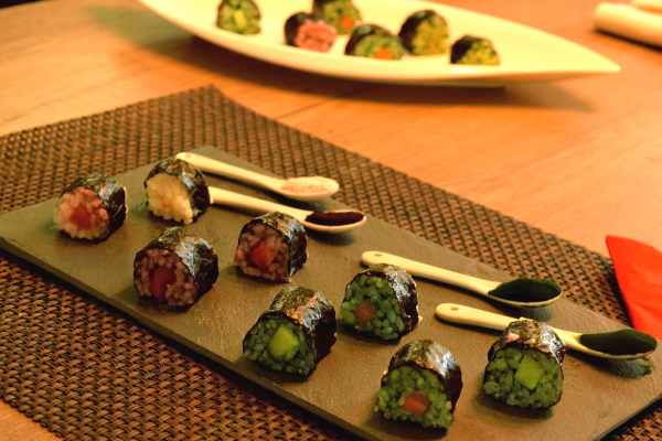 Sushi Variationen mit Spirulina